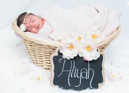 Zaheera's Family & Newborn Session