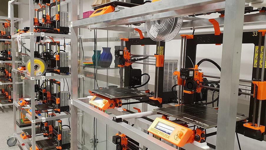 3D print lab stock image.jpg