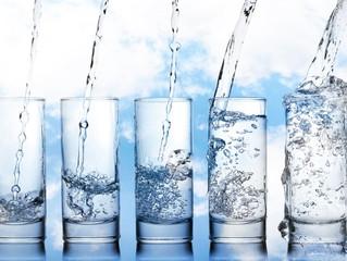 คนเราควรดื่มน้ำวันละเท่าไหร่