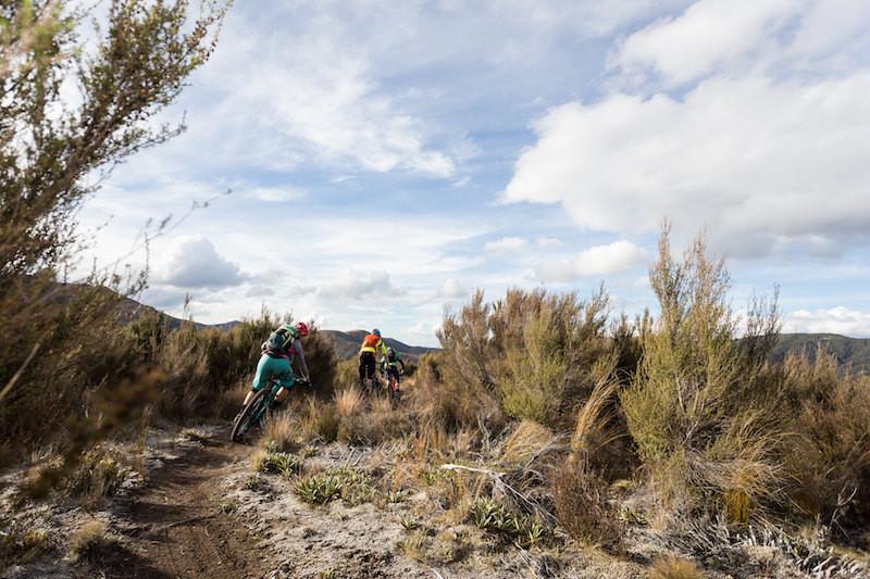 singletrack descent heli biking