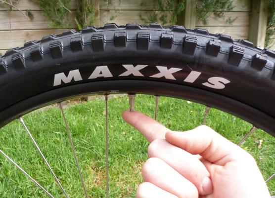 JustMTB packing bike aeroplane deflate tyres