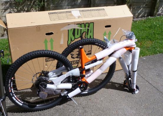 JustMTB packing bike aeroplane frame protection