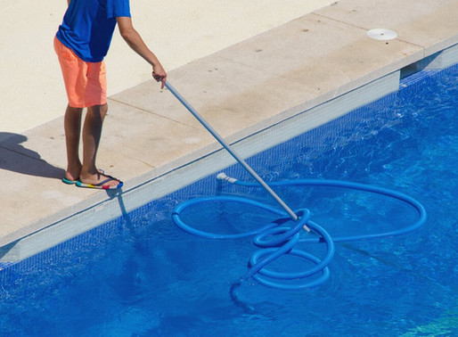 Reasons to Use a Pool Service Company