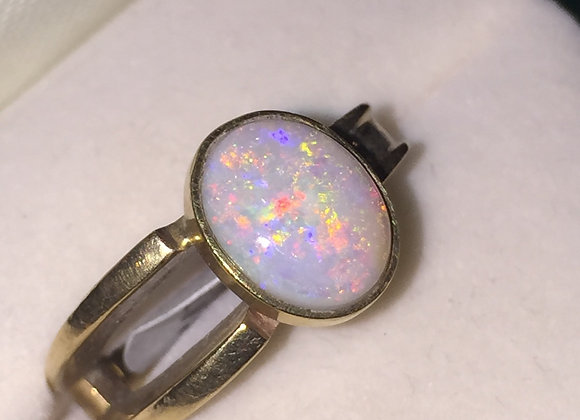 Lightning Ridge Oval Opal Ring in 9K Yellow Gold