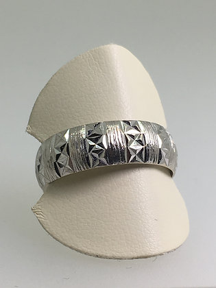 18K White Gold 7mm Vintage Band with English Hallmarks: London, c1950's.
