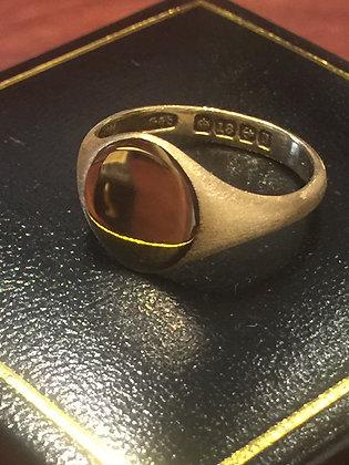 An Antique (Edwardian) 18K Yellow Gold Mens' Signet Ring