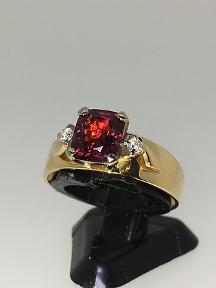 1.58ct Deep Red Ruby Spinel & Diamond Vintage Ring in 18K Yellow Gold