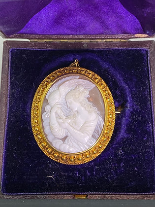 "Finely Carved Shell Cameo ""Leda & the Swan"" Brooch Pendant in 15K Gold"