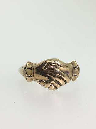 Vintage c1950's Gold Fede Clasping Hands Ring