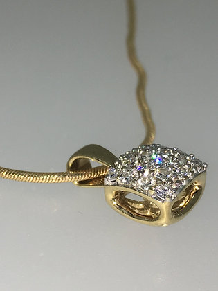 Diamond Square Pendant in 18K Yellow Gold