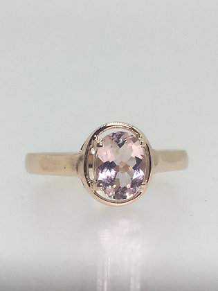 1.50ct Oval Natural Morganite Solitaire Vintage Ring in 9ct Rose Gold