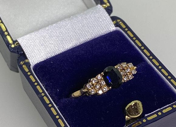 0.70ct Sapphire & 0.50ct Diamond Ring in 18K Yellow Gold