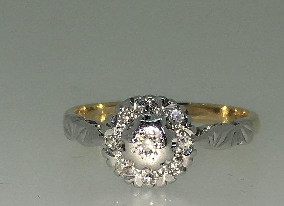 18K Gold & Platinum Daisy Style Diamond Ring