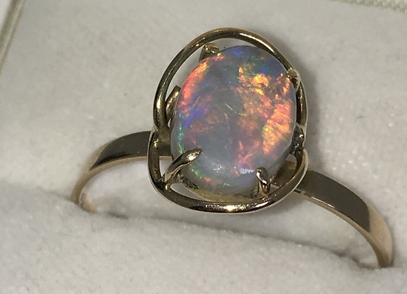 2.50ct Lightning Ridge Opal Ring in 9ct Yellow Gold
