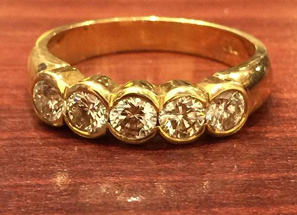 Impressive Gold 5-Stone Diamond Ring