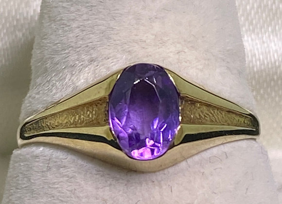 An Art-Deco 1940's 0.75ct Amethyst Unisex Ring in 14K Rose Gold.