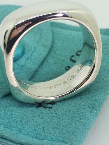 dab0fb089 2003 Tiffany & Co 925 Sterling Silver Cushion Square Band