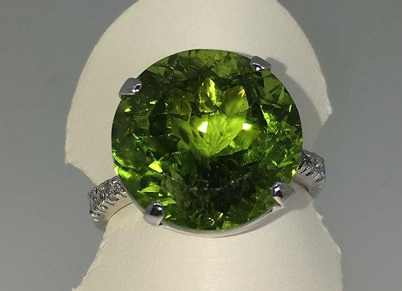 11.5ct Round Green Peridot & Diamond Ring in 18K White Gold