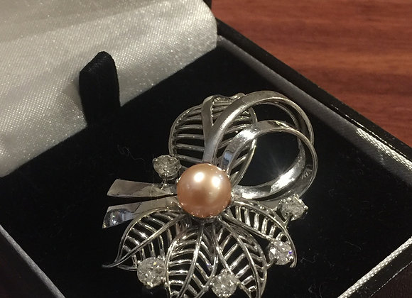 Golden/Pinkish South Sea Pearl & Diamond Brooch in 18K White Gold
