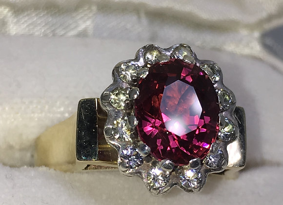 Burmese Pinkish Red Spinel & Diamond Vintage Ring in 18K Yellow Gold