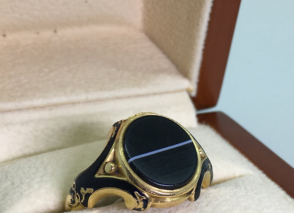 18K Gold, Agate & Black Enamel Antique Mourning Ring