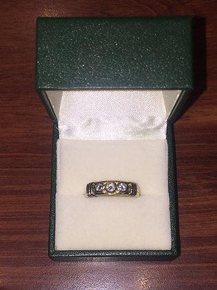 Three-Stone Diamond Vintage Ring in 18K Yellow Gold
