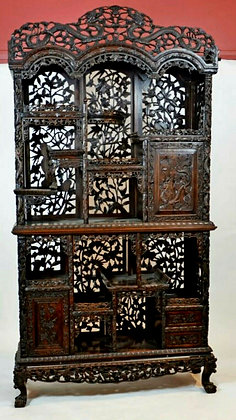Fine Extremely Rare Antique Chinese Rosewood Display Cabinet. Late Qing Dynasty.