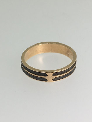 9K Yellow Gold & Black Enamel Memorial Band