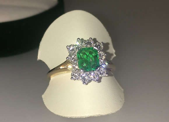 South American Emerald & Diamond Ring in 18K Yellow Gold
