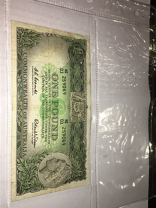 An Australian 1 Pound 1960's Banknote. Coombs/Wilson.