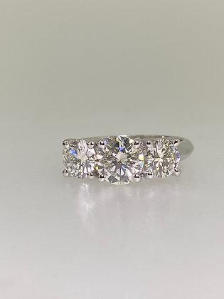 Impressive Three-Stone Trilogy 2.50ct Diamond 18K Gold Ring