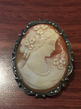 Shell Cameo Brooch/Pendant in Silver & Marcasite Frame