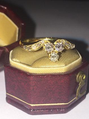 An Art-Deco 3-Stone Diamond ring