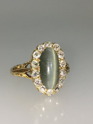 Antique 2.00ct Cat's Eye Chrysoberyl & Old-Cut Diamond Ring