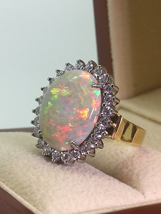 5.50ct Australian Solid Opal & Diamond Cluster Ring in 18K Yellow Gold