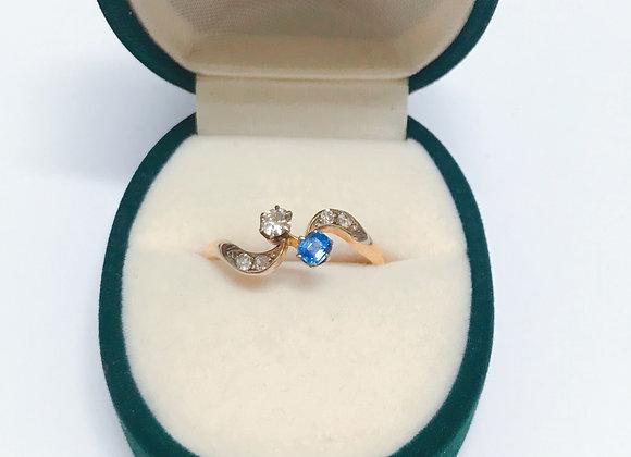 An Antique Art-Nouveau Sapphire & Diamond Dress Ring