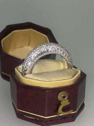 Vintage Diamond Ring set with Single Cut Diamonds