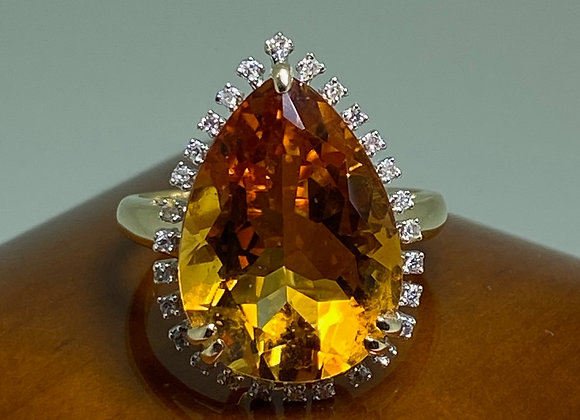 Pear-Shaped Madeira Citrine 10.00ct (approx) & Diamond Ring in 14K Yellow Gold