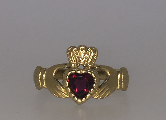 Vintage 9K Yellow Gold & Garnet Claddagh Ring