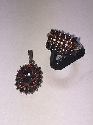 Garnet Pendant & Ring in Silver