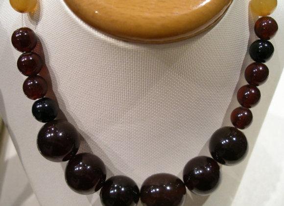 Fine Amber Vintage necklace