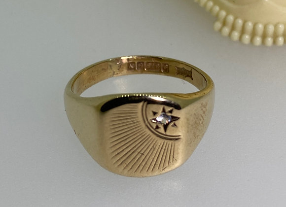 9K Yellow Gold & Diamond Signet Ring by B. Brothers. London, c1962.