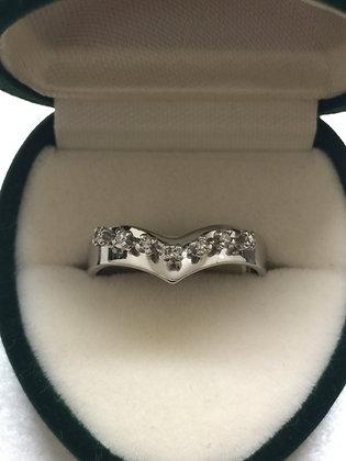 Seven-stone diamond ring