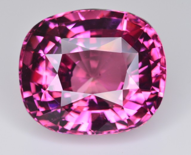Spinels - Royalties' & High Jewelry Designers' Favorite Gem
