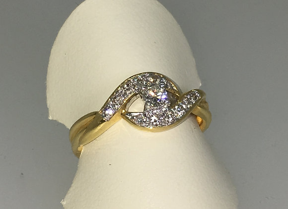 18K Yellow Gold & Diamond Intertwined Setting Ring