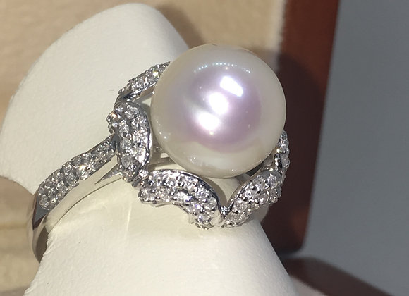 South Sea Pearl & Diamond Ladies' Dress Ring in 18K White Gold
