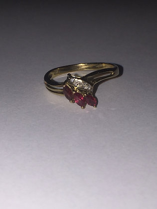 Marquise Shaped Ruby & Diamond 9K Yellow Gold Vintage Ring
