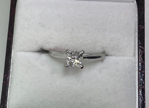 Princess Cut Diamond (G/VS) Solitaire Ring In 18K White Gold