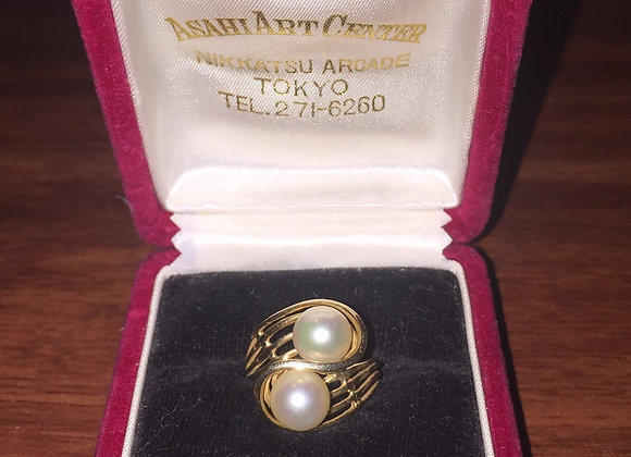Gold and 7mm Pearl Crossover Ring