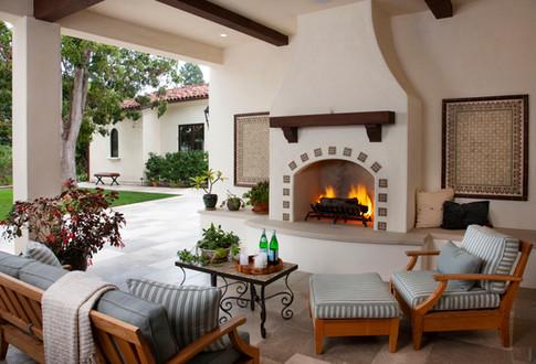 Santa Barbara Outdoor Living Room